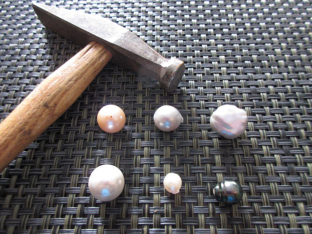 Hammer versus Perlen