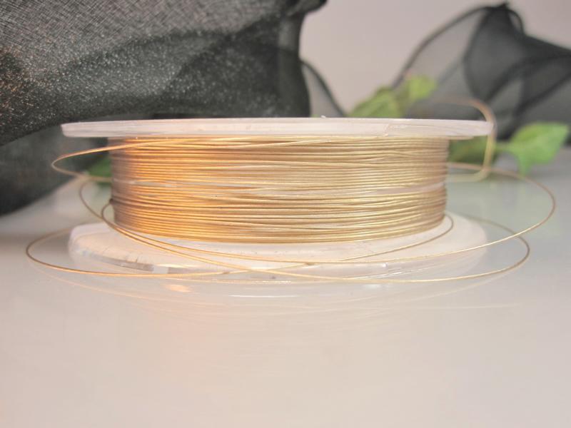Stahlschnur golden