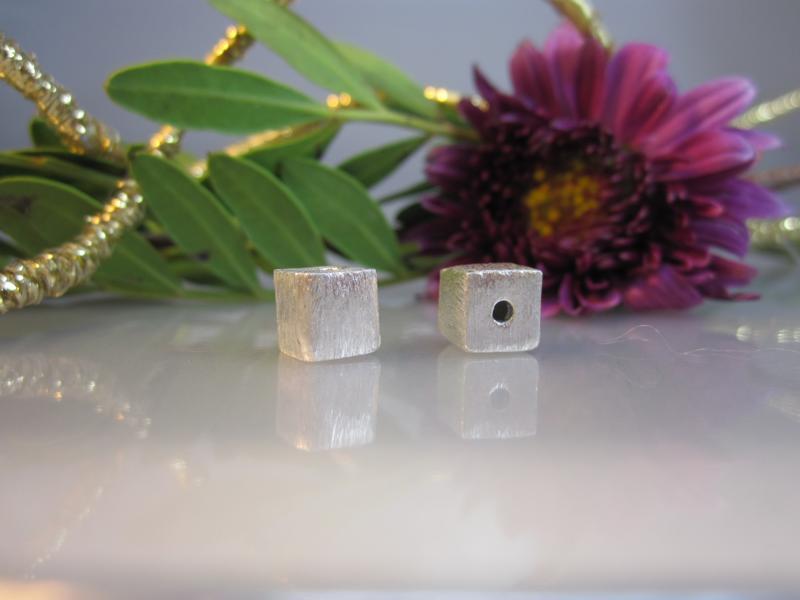 Würfel für Schmuck Silber