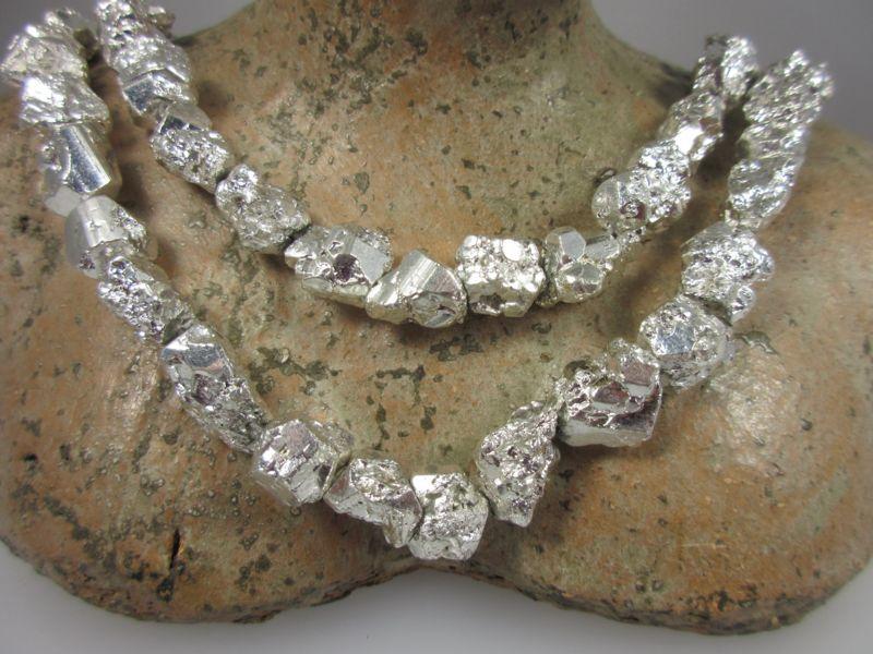 Pyrit Naturkristall silber