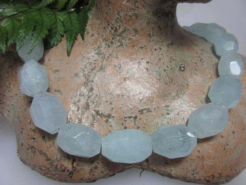 Aquamarin Steinkette