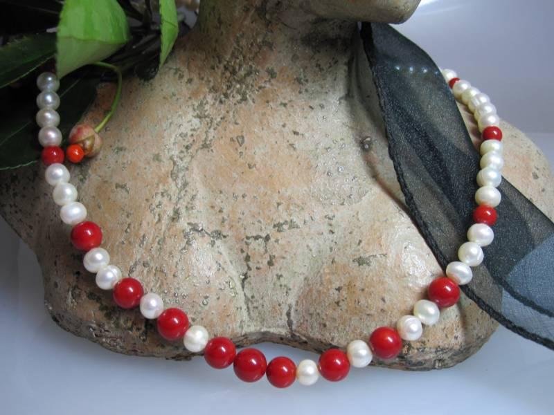 Perlen Koralle
