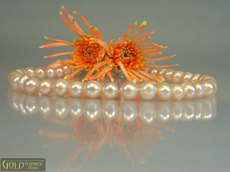 Perlenkette rosa