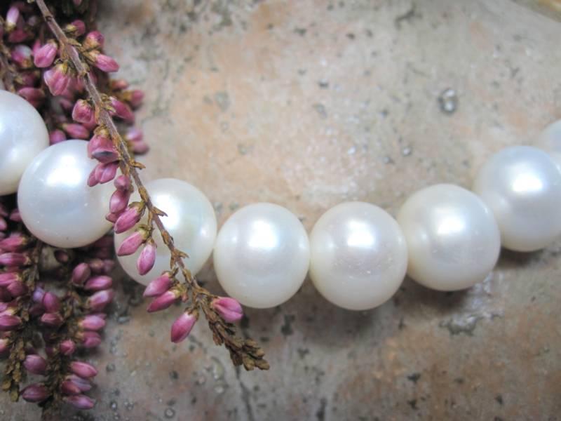 Süsswasserkette große Perlen