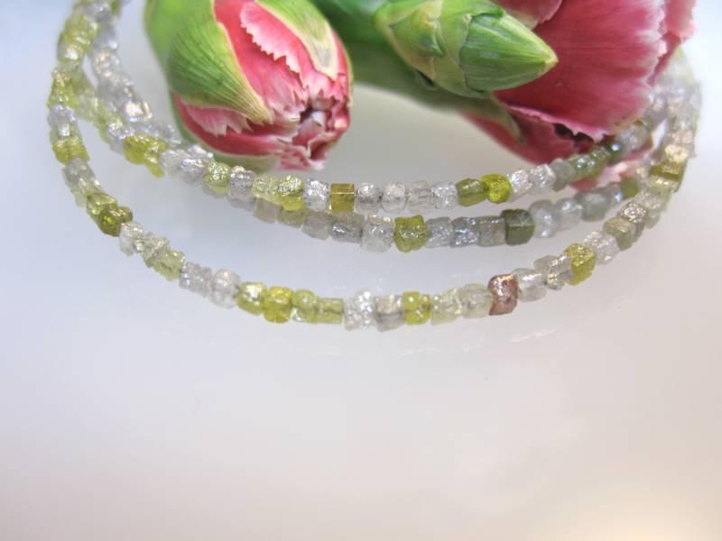 Diamanten Würfel Halskette