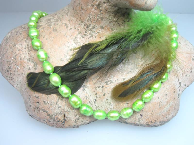 Perlenkette grün