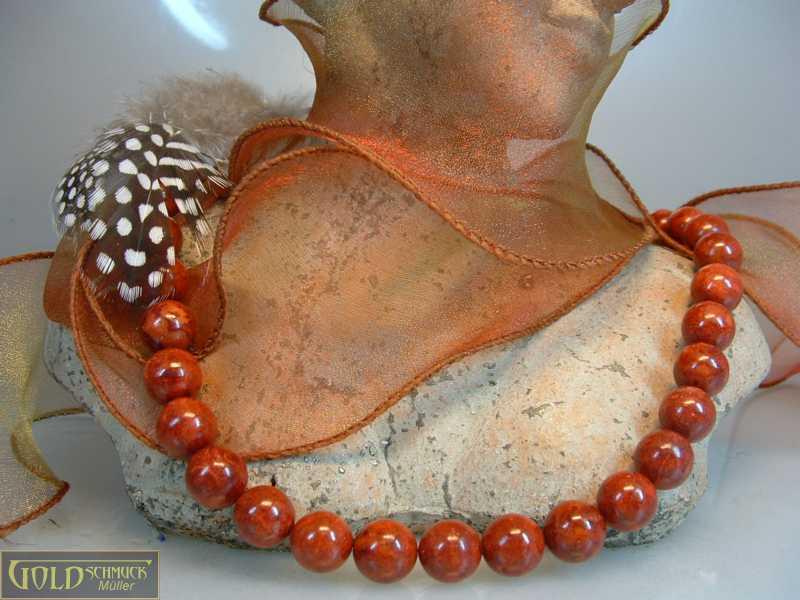 Koralle Halskette