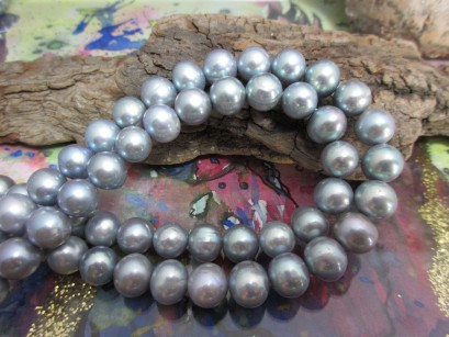 Perlen silberfarben