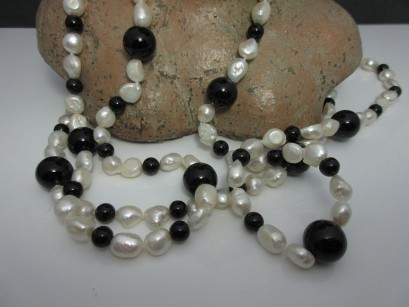 Perlenkette Onyx