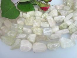 Garantiert echter Kunzitstrang aus riesigen Kristallen 10-20mm