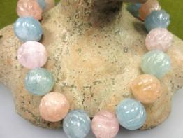 Beryllkugeln in Melonenform: 3 Edelsteinkugeln mit 18mm