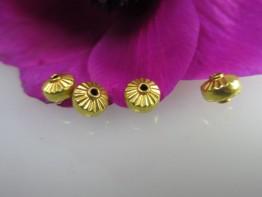 GZ39 -- Ein Echtgoldzwischenelement 750er Gold Zierrondelle
