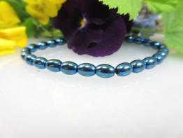Hämatinstein in blau, ganz flexibles Armband mit 6x4mm Fässern