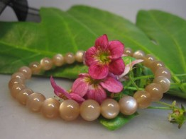 Mondstein rosafarben als flexibles Armband 1a+ Kugeln 6-7mm