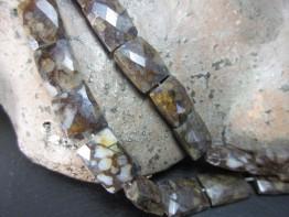 Rhyolith in facettierten Kissen Strang mit 15x10mm Elementen