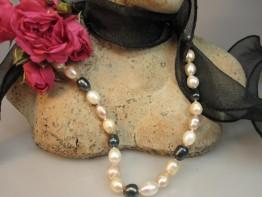 Perlenkette preiswert in Pastell- Tahitifarbe 10x8mm