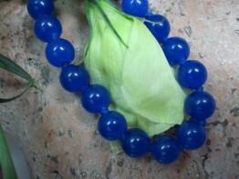 Einzeln geknotet !!! Fertige Kette aus blauem Quarzgestein