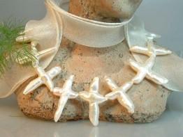 Weiße Perlen Kreuzform, sagenhaft preiswert