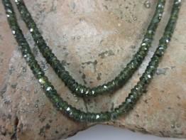 Grüne Saphire !! Strang ungefärbte Naturware 1a Qualität 64ct