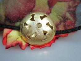 ZS510 -- Neu : Kupfer vergoldet verzierte Linse 20x7mm