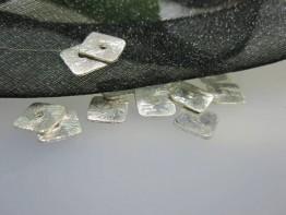 ZS526 -- Neu : 10 Stück Kupfer versilbert 4-kant Scheibe mattier