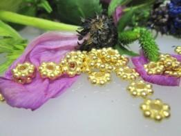 ZS612 -- Neu : 10 Stück Kugelsterne 7mm Kupfer vergoldet