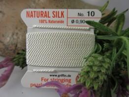 Weißes Perlgarn aus Naturseide
