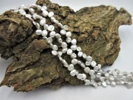 Keshistrang Süßwasser kopfgebohrt - silberne Perlen, Modell 12