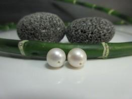 Perlen für Ohrstecker 2 Stück angebohrt 7,5-8,0mm weiß AA