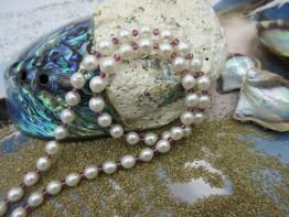 Perlen-Granatkette, Süßwasserperlen 6mm+facett.Granate