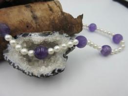 Perlenkette mit Amethystkugeln Länge 43cm