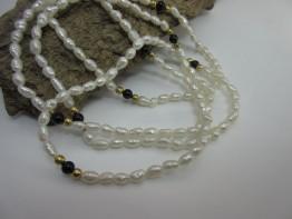 Perlenkette Saatperlen endlos geknüpft mit Onyxkugeln
