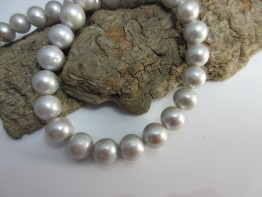 Perlenkette silber, Perlenstrang sehr schön  10,0-10,5mm Modell 5