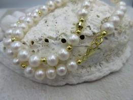 Perlenkette mit Süsswasserperlen