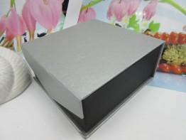Schmuckschachtel 9x9x4cm für Ohrstecker - Ringe - Kettchen etc.