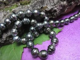 Schwarze Südseeperlen, Tahitistrang schöne Wachstumsringe 9-10mm, Länge 41cm