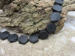 Schwarzer Turmalin, Strang aus echten Kristallscheiben !
