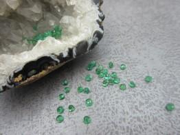 Smaragd facettiert Kolumbien Durchmesser 2mm